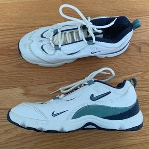 Womens Retro Style Nike Air Trainers
